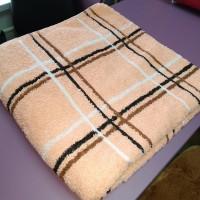Мягкое полотенце для тела 70*140 см банное махра хлопок персиковое в клетку Турция (DM70140201DM)