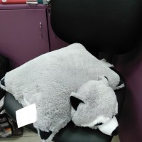 Мягкая игрушка - подушка раскладушка Енот серая (DM220017KR)