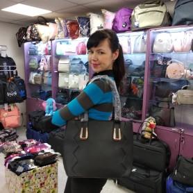 Женская сумка черная квадратная средняя (DMBH90712CL)