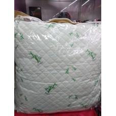 Подушка стеганная Бам-бук 70х70 см (DM10890OZ)